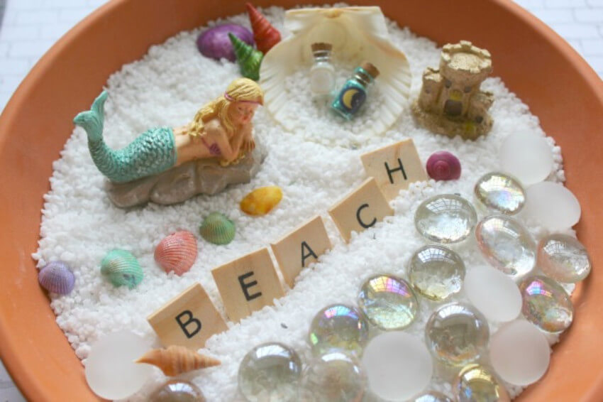 Beach shore and mermaids are the perfect match!