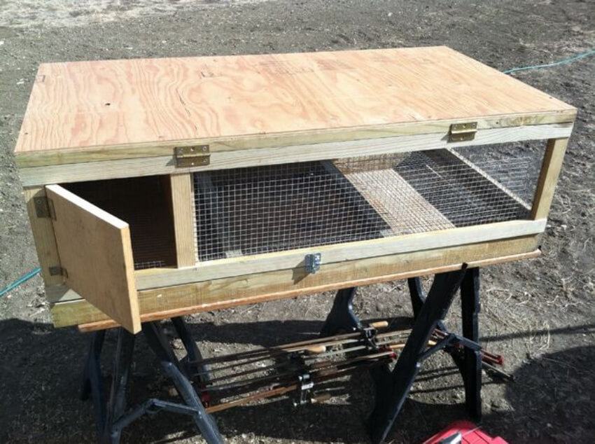 You can make this quail hutch yourself!
