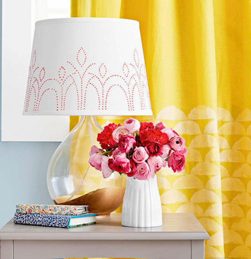 Lampshades also have the attention in decor.