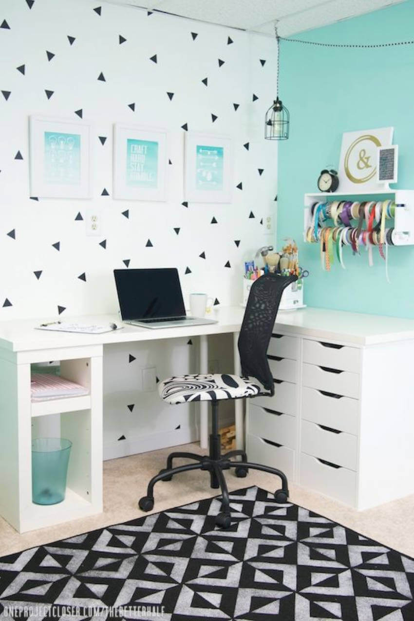 You can play with colors in the home office too!