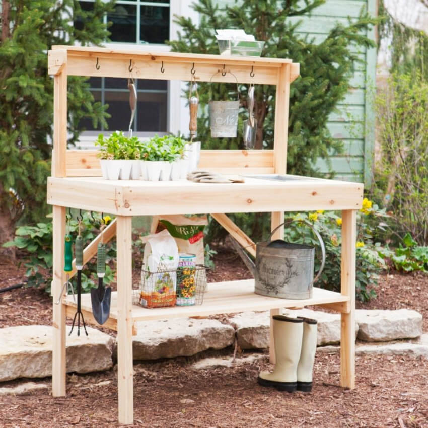 A simple gardening station can make your life easier.