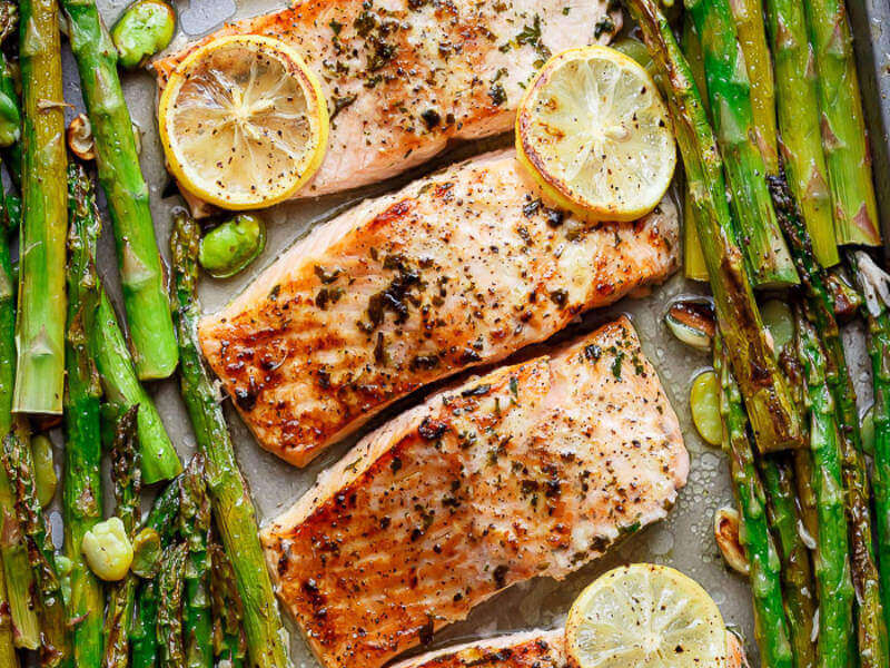 10 Easy Dinners You Can Make With a Single Sheet Pan