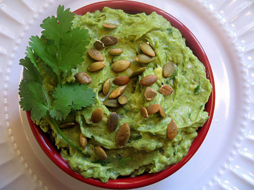 Gluten and lactose free guacamole made with pumpkin seeds!