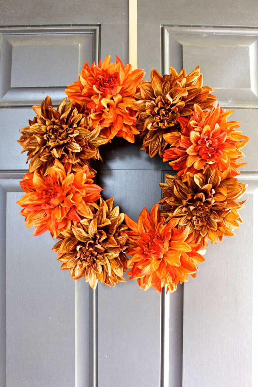 This wreath is the best way to welcome Fall into your home!