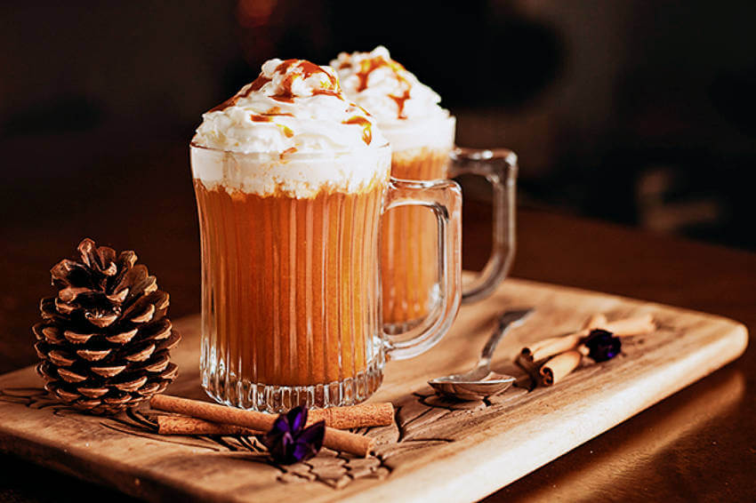 A pumpkin spice cider that's delicious, festive, and also beautiful!
