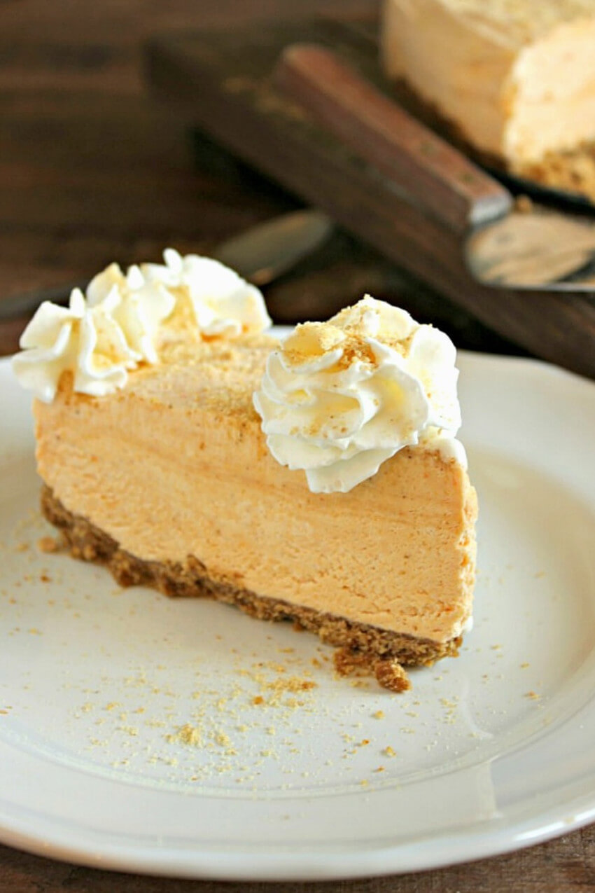 This pie will be your new favorite thanksgiving dessert!