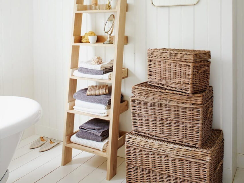 A ladder storage is the perfect upcycling project.
