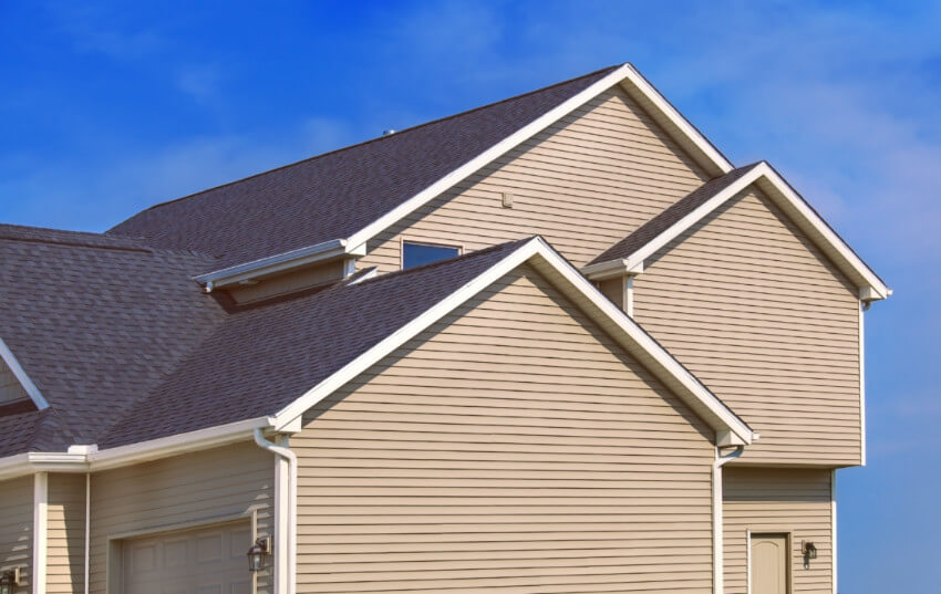 Any signs of peeling paint can indicate siding problems.