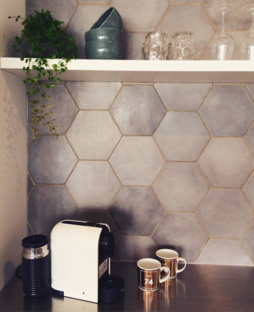 Glitter Grout can be incredibly subtle.