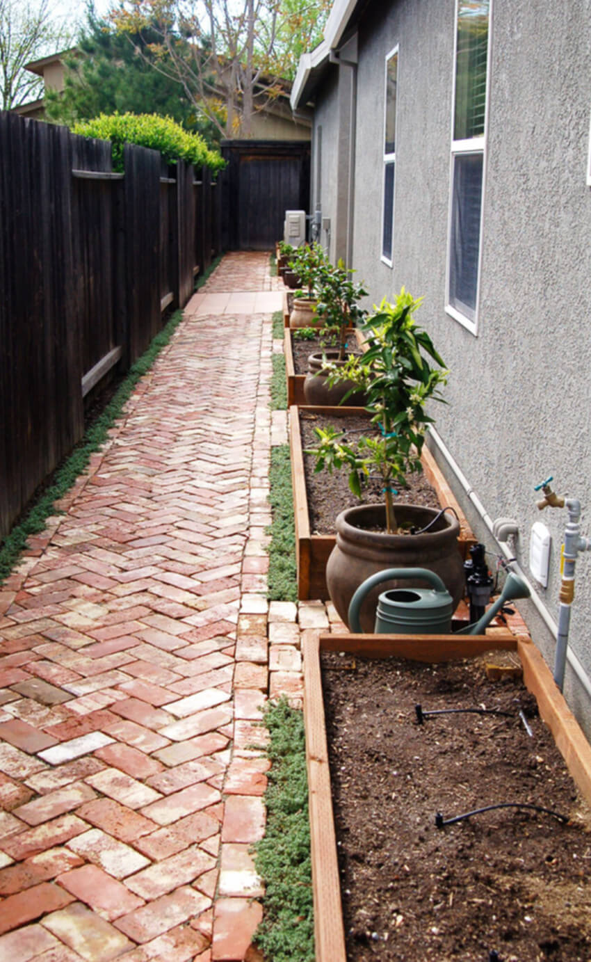 Side yards can create a gorgeous space in your home!