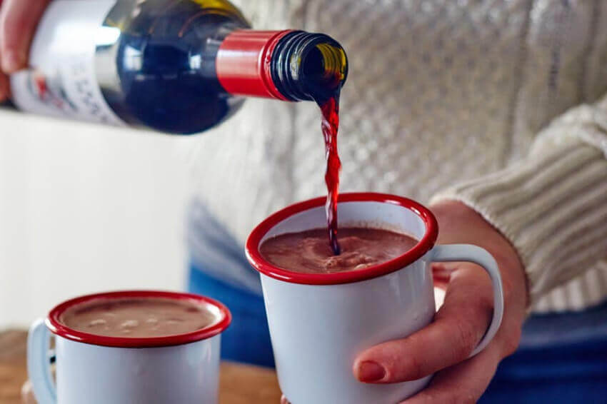 Wine and chocolate are one of the most perfect combinations you can get!