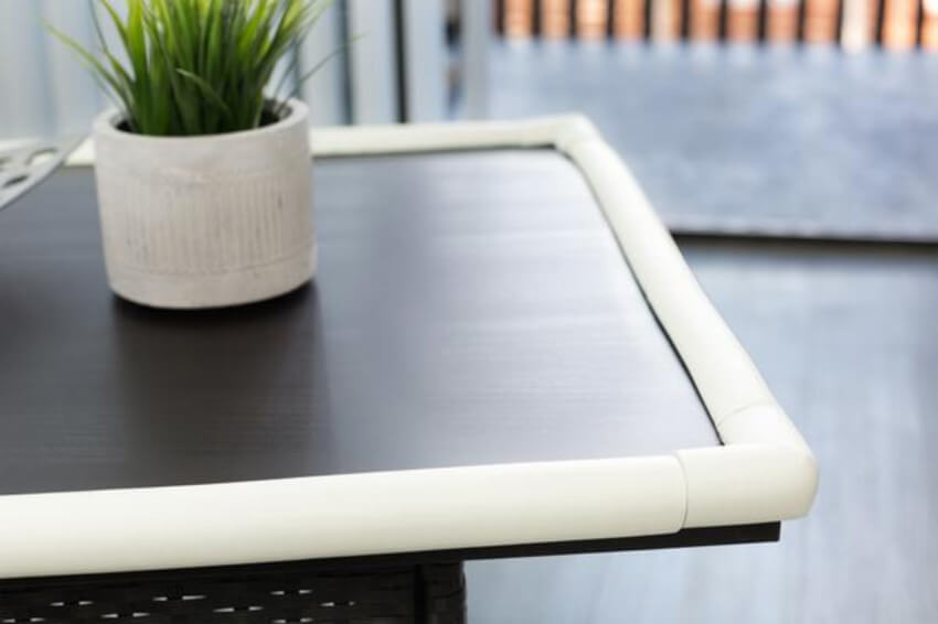 Use protection for sharp furniture edges.
