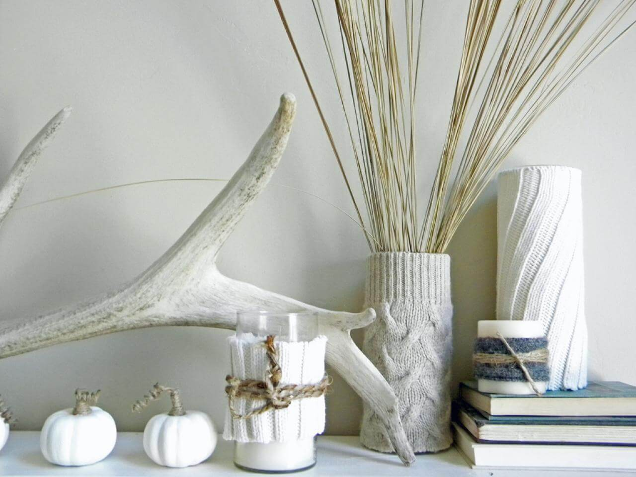 Sometimes simple white contrasts can be the most eye-catching