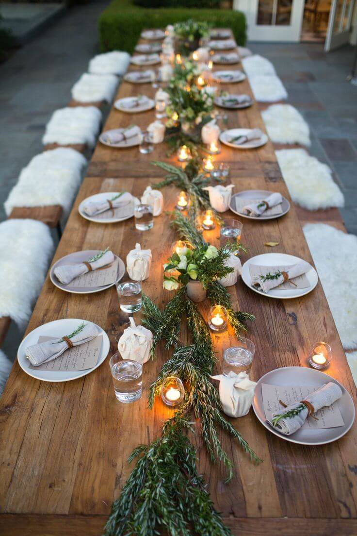 A wooden table can accommodate all the guests