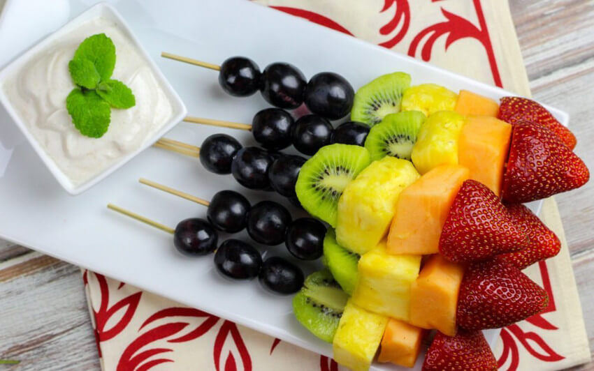 Fruit skewers are a healthy snack that everyone loves.