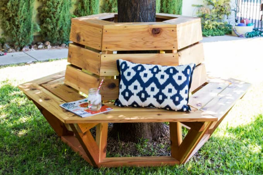 A DIY bench around the tree can give you room to sit and enjoy the sunny days from spring!