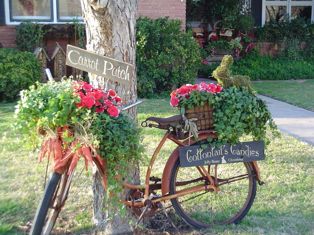 A simple bike can make for great decor
