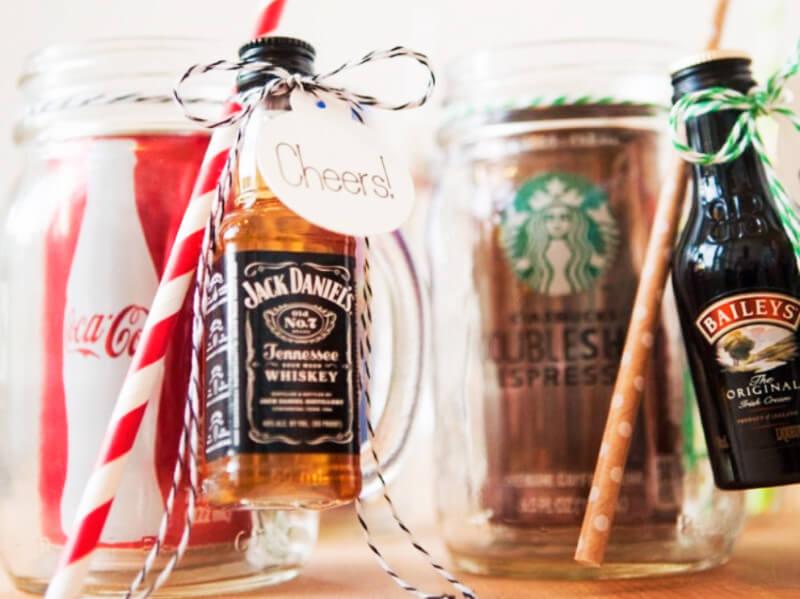 10 DIY Mason Jar Gifts on a Budget