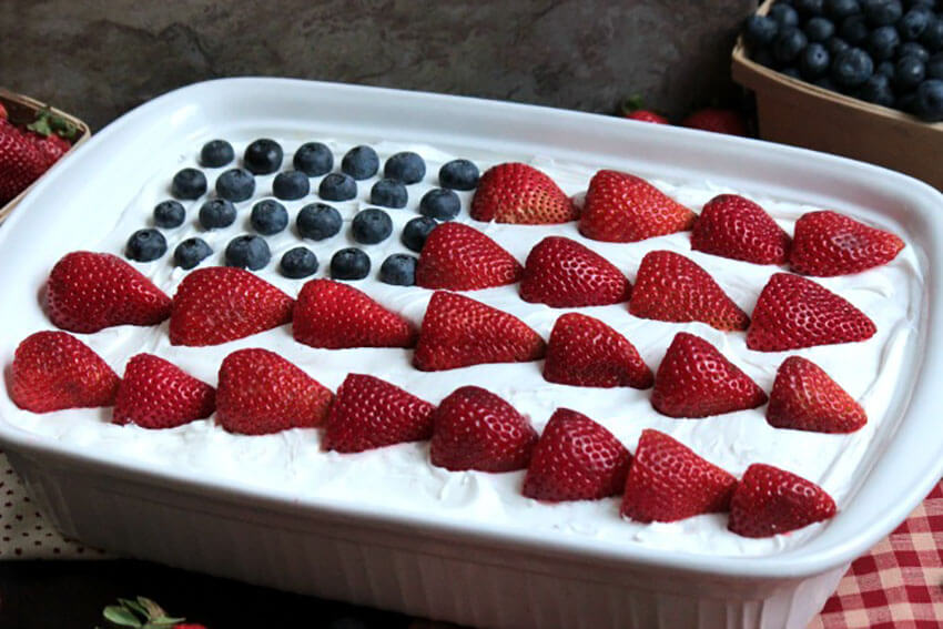You can easily make a flag design by using blueberries and sliced strawberries!