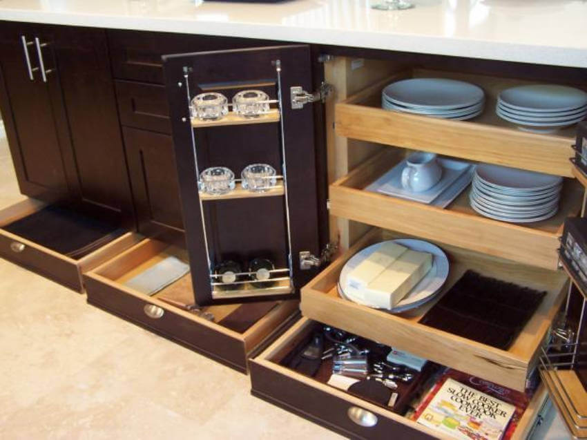 Make your life easier by installing a pull-out drawer!