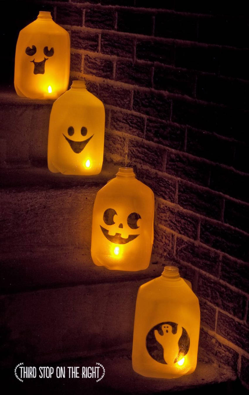 Milk jugs can easily become ghostly decoration with a little creativity!