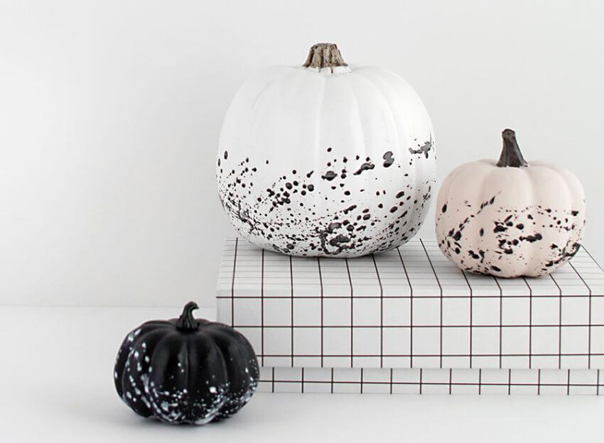 Splattered painted pumpkins are super stylish!