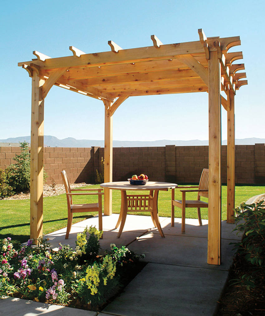 A beautiful DIY pergola for your backyard!