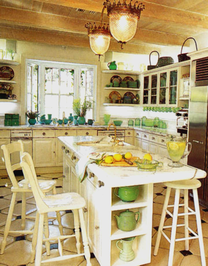 Mint green owned the decor style of the 1990s!