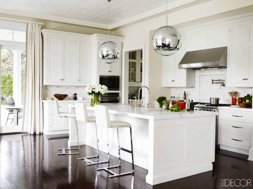 The all-white kitchen is back with a clean look for the 2010s!