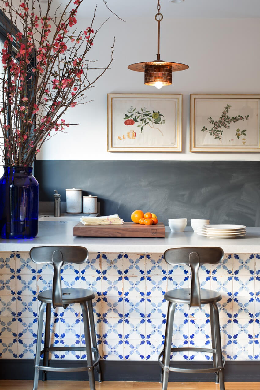 The kitchen isle can be a perfect place for portuguese tiles.