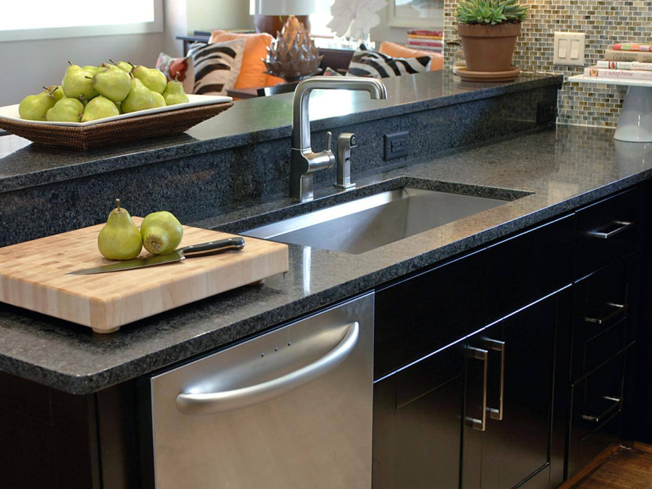 The stainless steel sink is always a solid addition