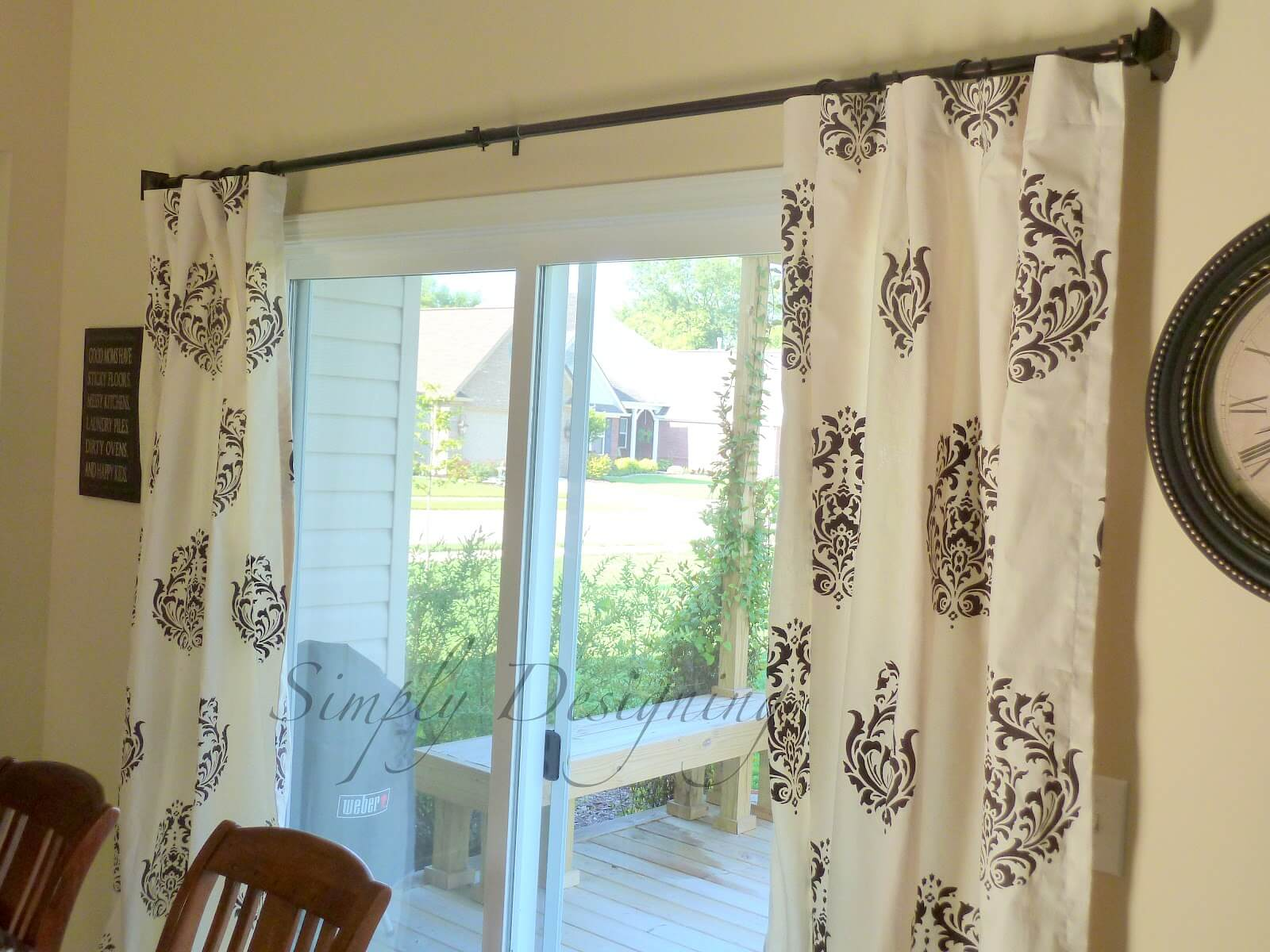 Stenciled in window curtains