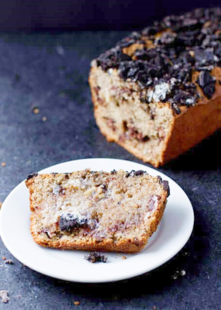 Banana bread with Oreos is a weirdly delicious mix!