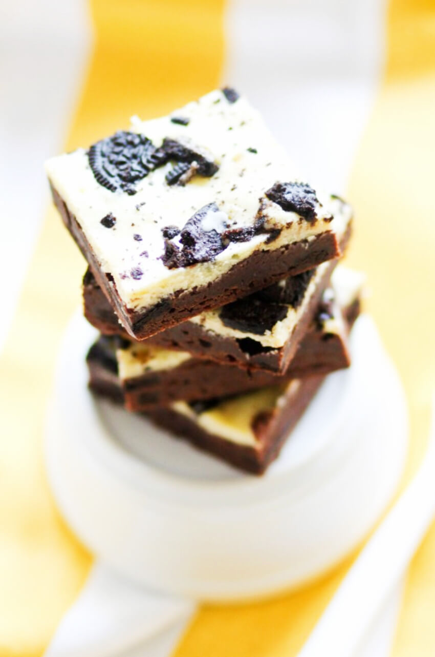 This brownie and cheesecake combo with Oreos is heavenly!