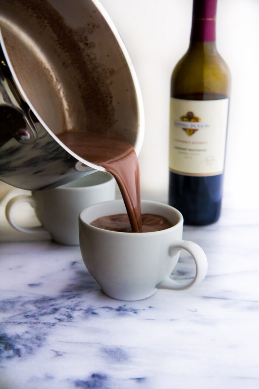 Sipping wine while eating a chocolate is always good, so why not mix both?