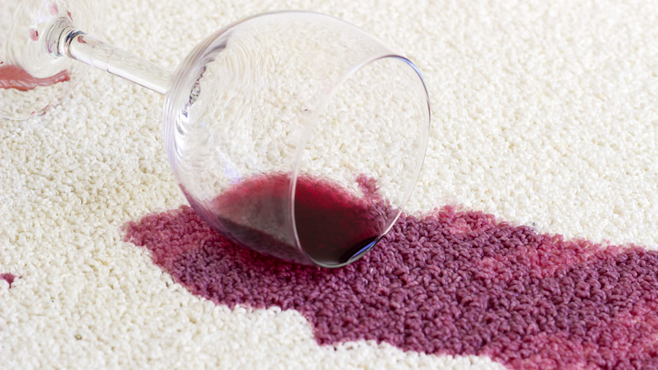 Clean out the wine from your carpets