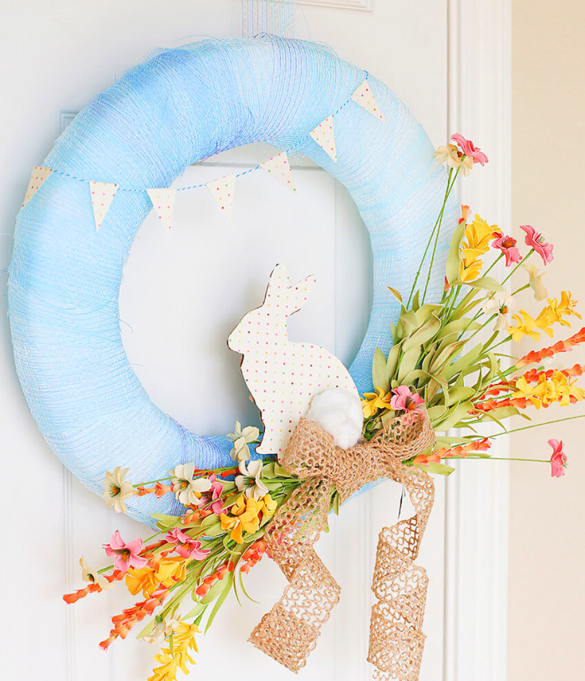 An Easter wreath that can be used all spring long!