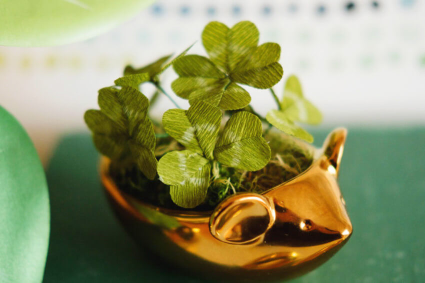 Fake clovers from crepe paper that are great for decorating!