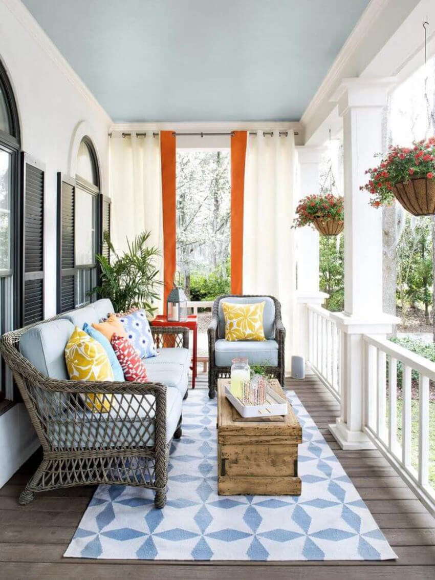 Clean and add some summer colors to your porch!