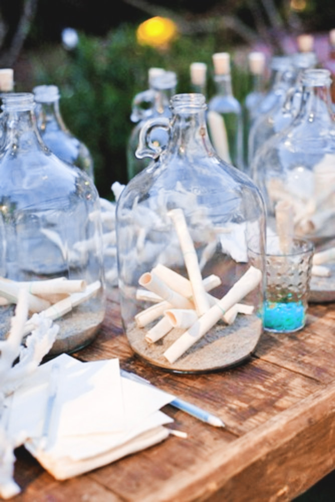 DIY Message in a bottle for a beach wedding
