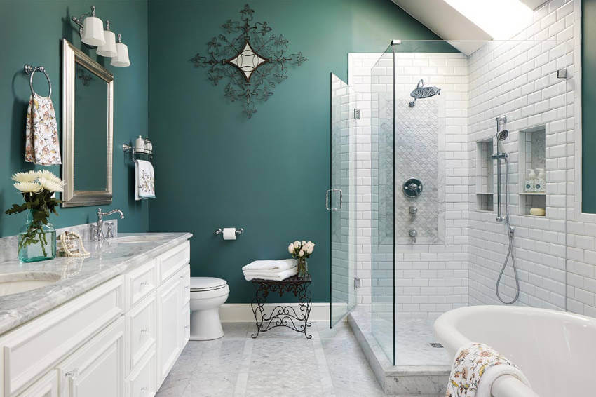 Teal is a unique color that will make your bathroom beautiful.