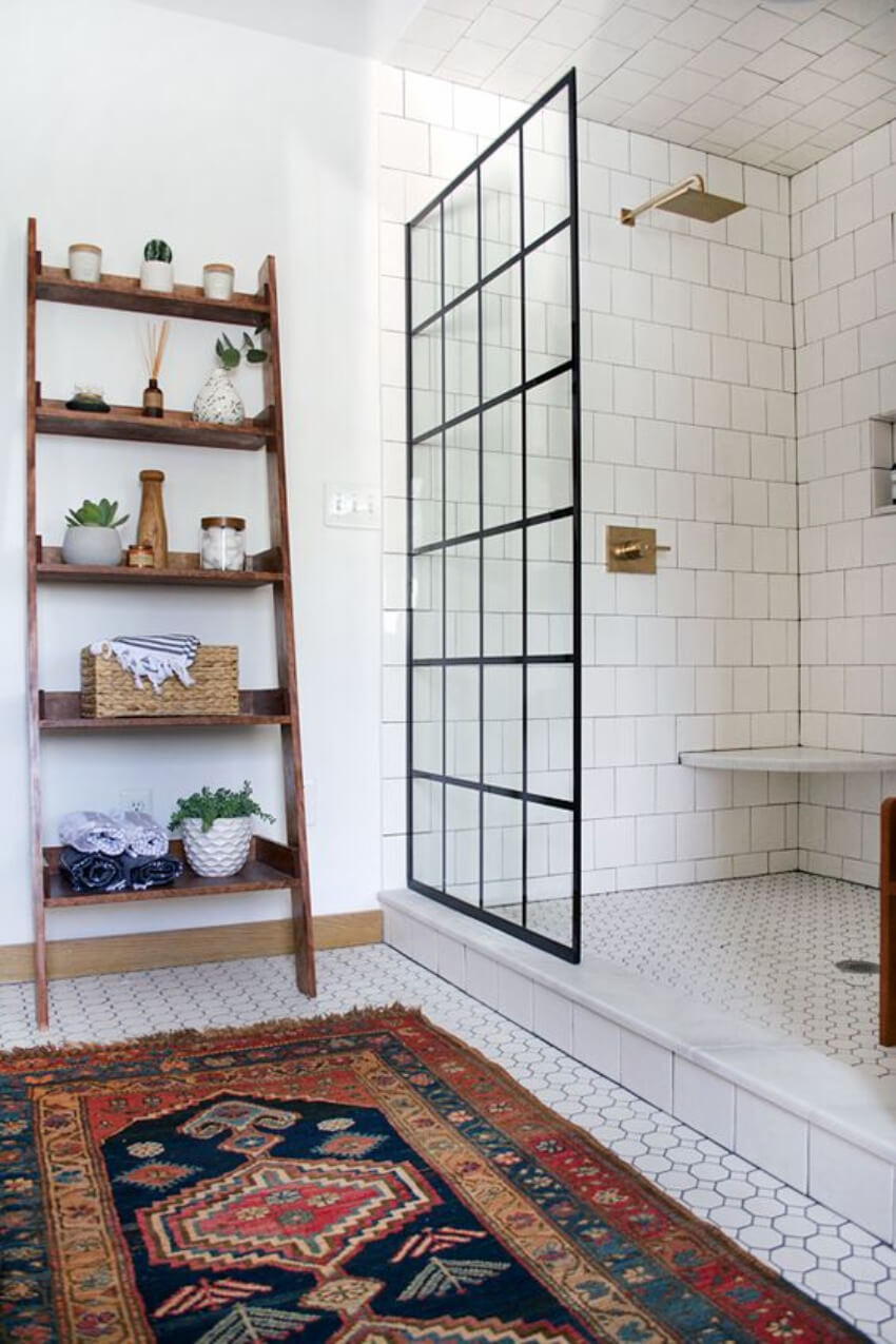 The mix of elements makes this bathroom even more interesting.