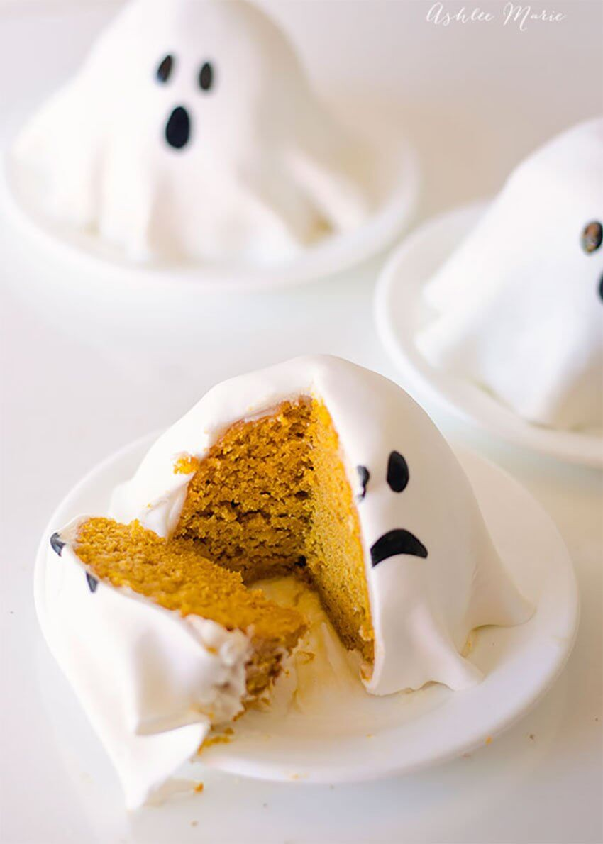 DIY Mini Ghost Pumpkin Cake served in the Dining Room