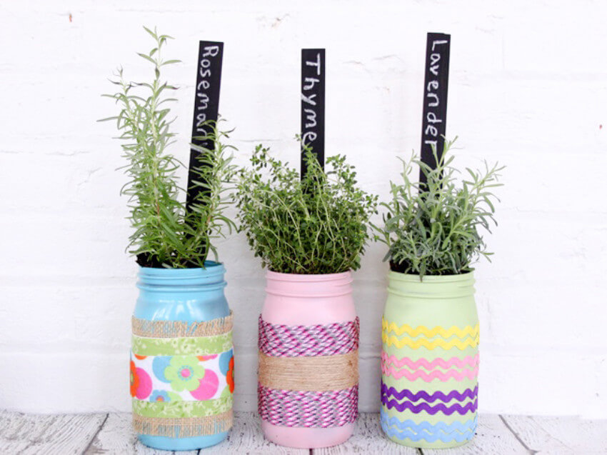 Mason jar planters for the herbs you've always wanted to try growing!