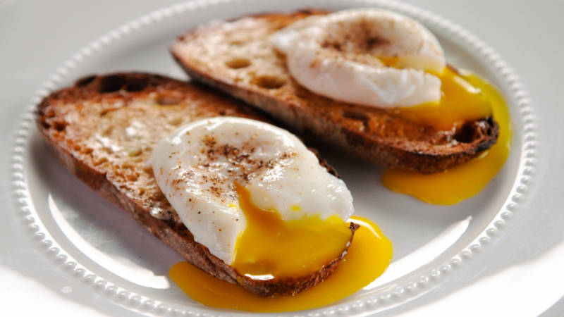 Poached eggs are intimidating, but you can totally do it!
