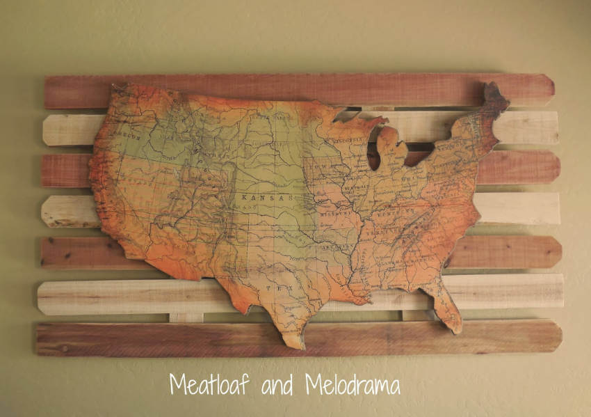 This lovely wood wall map is the choice for adventure fans!