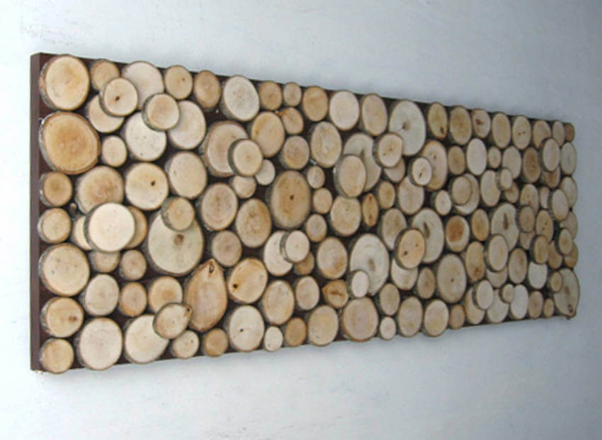 Wood slices can form a nice pattern to decor your home!