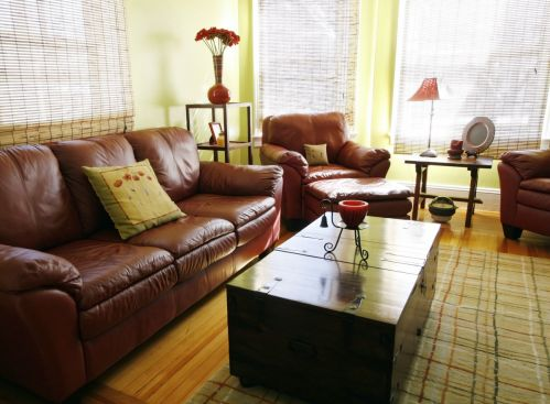 Lush Yellow Living Room Set